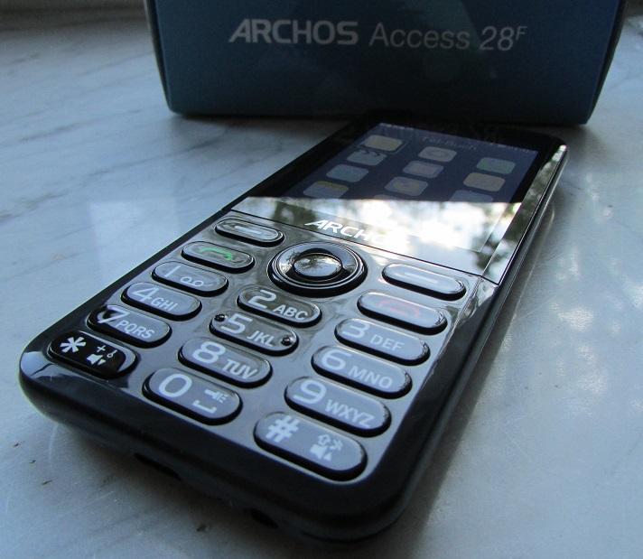 Das Aussehen des Archos Access 28f in der Version 2 ist sehr elegant wirkend.