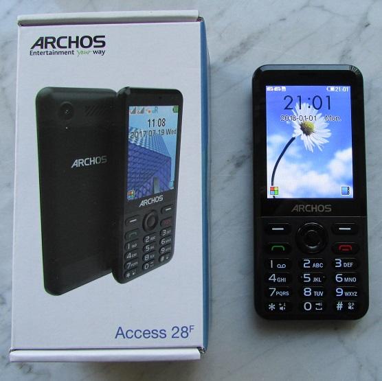 Das Archos Access 28F v2 mit der Originalverpackung